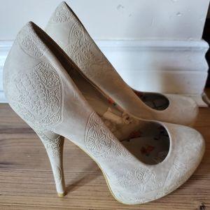 Iron Fist Maneater platform 7 stiletto court shoe